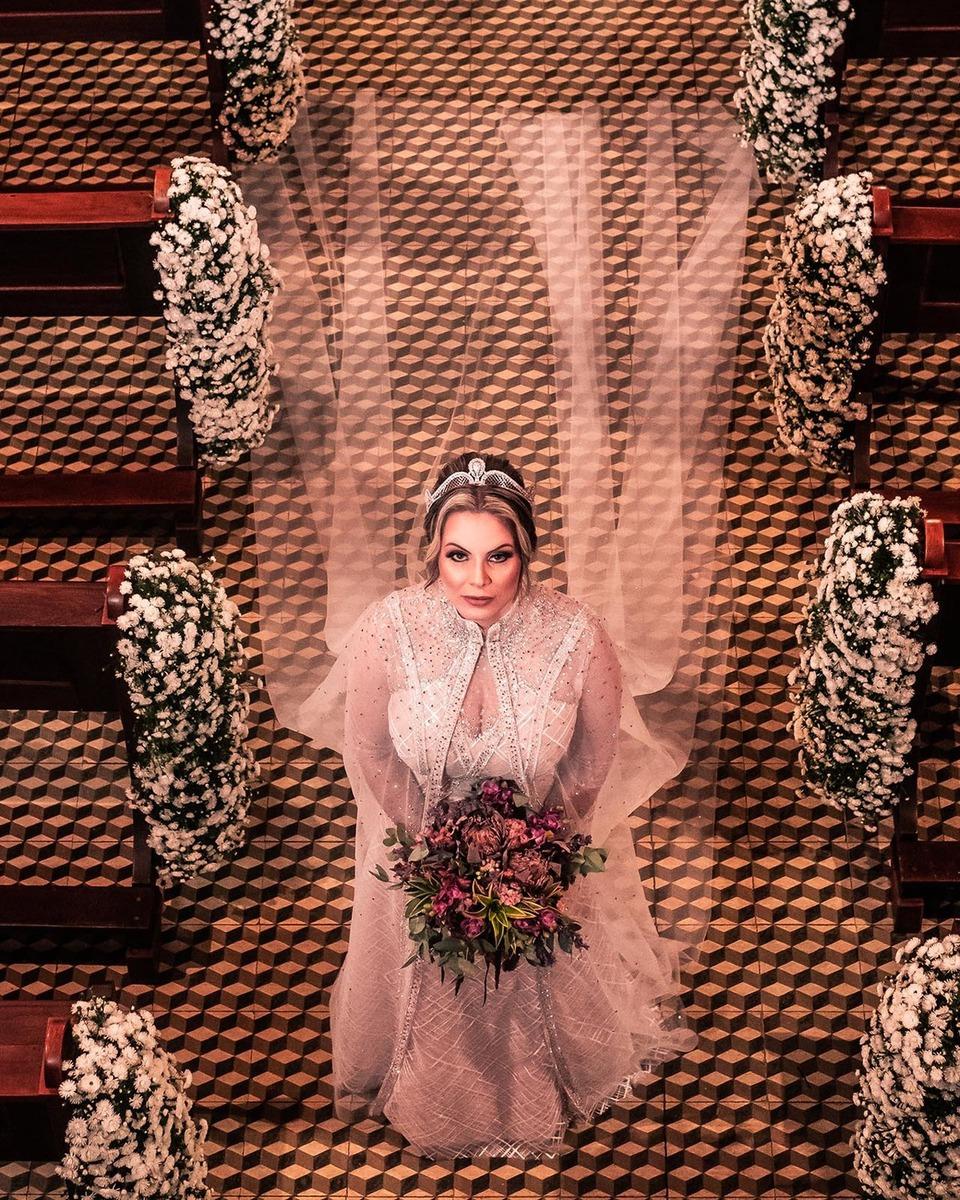 vestido de casamento dourado