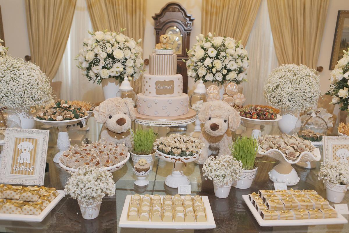 urso-flores-bolo-docinhos-evento-aniversario-intanfil-event-fabiomartins-fabio-martins-fm-equipefm-festa-tema-cores-neutras-aniversario-elegante-aniversario-com-cores-neutras