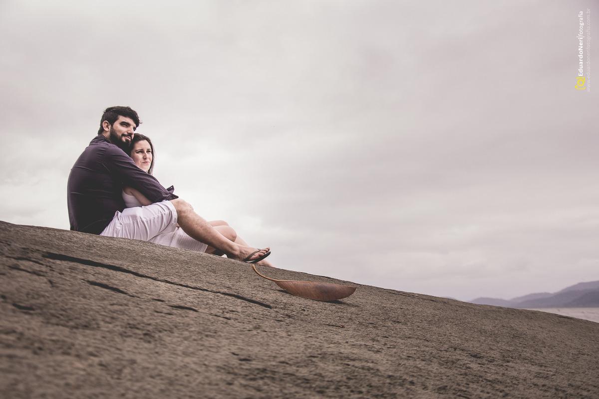 Ensaio na praia de Antonina-PR entre Tadeu e Larissa