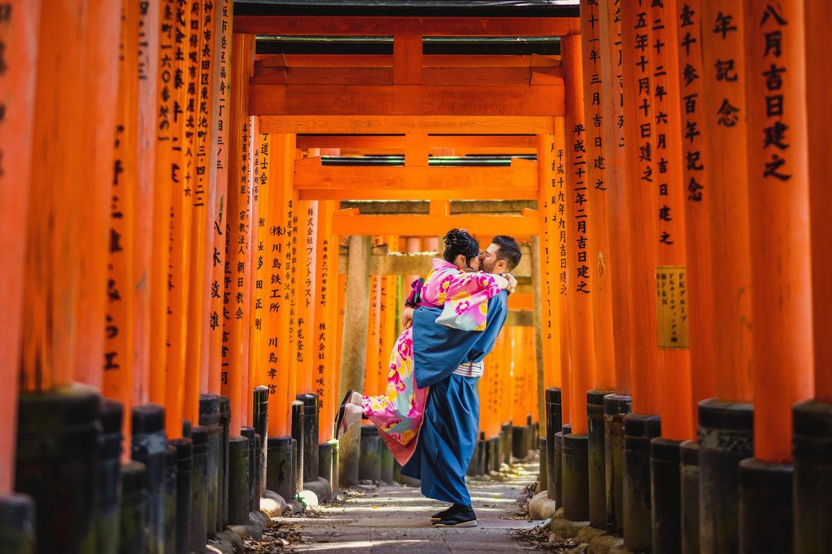 kyoto, quioto, fotografo em kyoto, fushimi inari, wargo rental kimono, aluguel de kimono no japao,