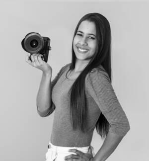 Sobre Daniela Paz
