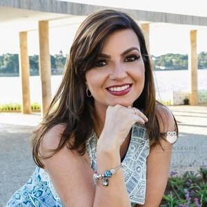 Sobre Sheyla Pinheiro