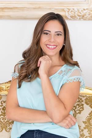 Sobre Catia Cristina Vieira de Jesus